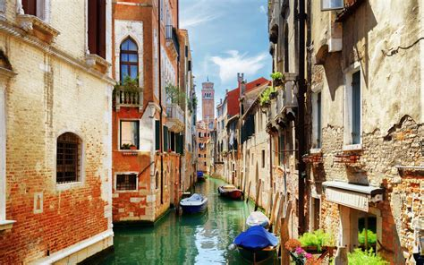 The Statue of Liberty, Venice, and More Destinations