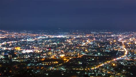 Time Lapse Of The San Fernando Valley At Night - Los