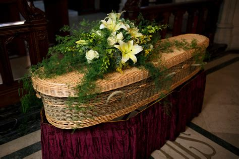 Baby Boomers Are Drawn to Green and Eco-Friendly Funerals