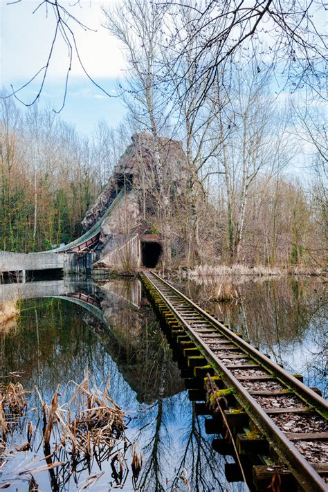 Explore An Abandoned Amusement Park Decaying On The