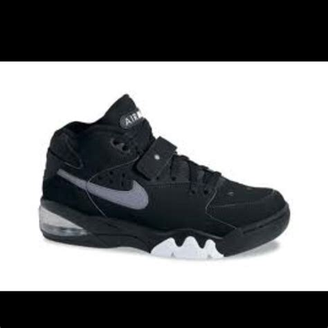 Michigan Fab Five Air Max Force! I loved these shoes! Wish