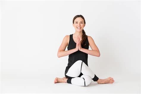 Why All Your Friends Are Obsessed With 'Yoga With Adriene