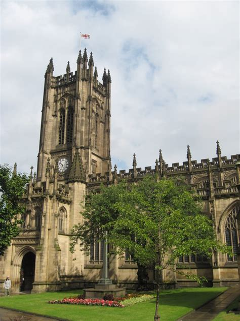 Manchester Cathedral - Wikipedia