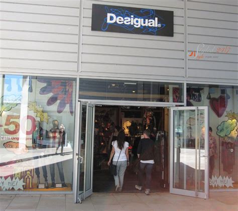 Desigual outlet shops, online outlet and sales - Styled 24/7