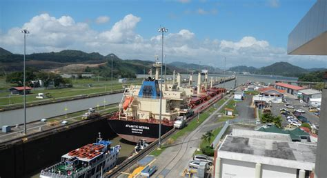 Colón Province and the Panama Canal