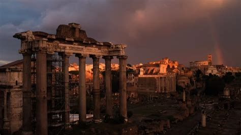 Roman Empire: Timeline and Fall   HISTORY