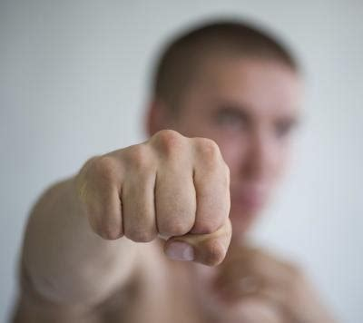 Irish Bare Knuckle Boxing Techniques | LIVESTRONG