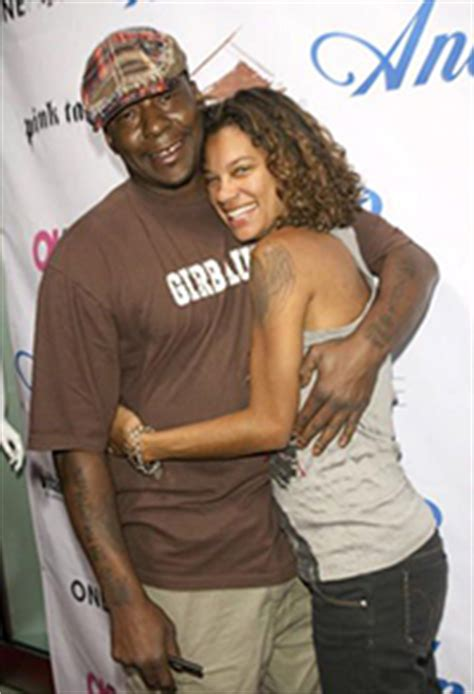 Bobby Brown Seeks Modification of Child Support