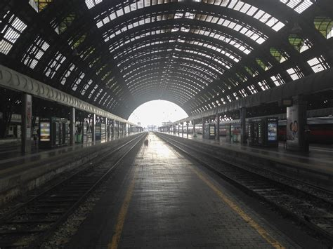 A Simple Guide to Italian Trains - The Crowded Planet